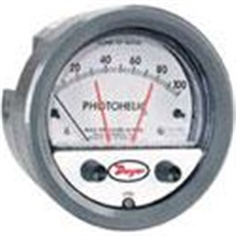 Series 3000MR/3000MRSPhotohelic? Switch/Gage