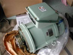 SHINKO 3 Phase Induction Motor IEQ2-G-260-B3 + SBS-230-4DTP1