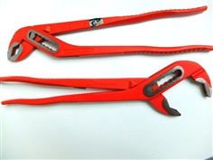 706100 Water pump pliers with box joint