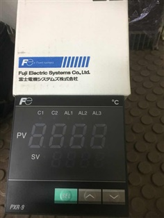 Temperature Controller Brand FUJI  Model : PXR9TCY1-1V000 (96 x 96mm.)