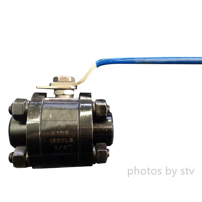 3Pc Reduce Port 2500LB Forged Ball Valve,3/8x1/2,A105,BW End