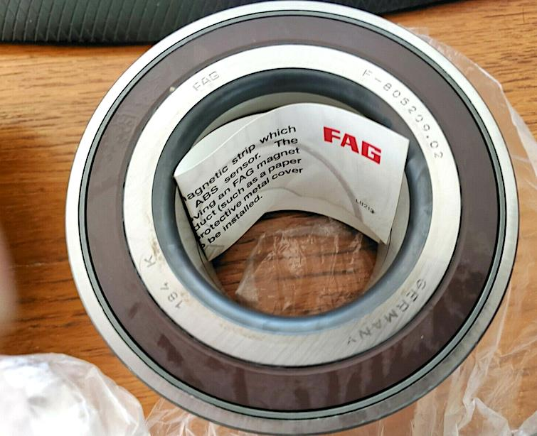 FAG Wheel Bearing 805209B ( 51 x 96 x 50 mm. ) - Porsche - Audi - VW Wheel Bearing Front,Rear FAG 805209B สั่งล่วงหน้า 30 วัน
